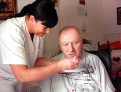 personas mayores ayuda a domicilo servicios asister