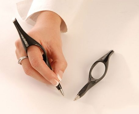 bolígrafo con anillo