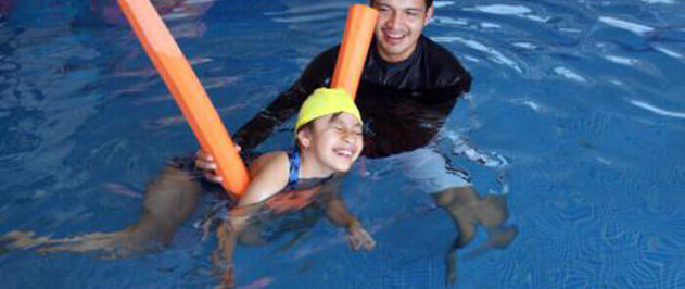 Producto ideal para piscina y playa. Tejido exterior de poliamida.