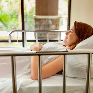 seguridad en la cama y en silla de ruedas asister